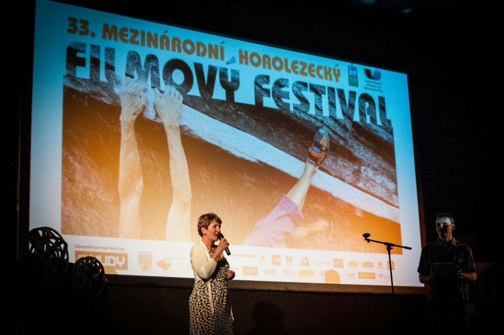 Slavnostní zahájení festivalu ředitelkou Mášou Jirmannovou