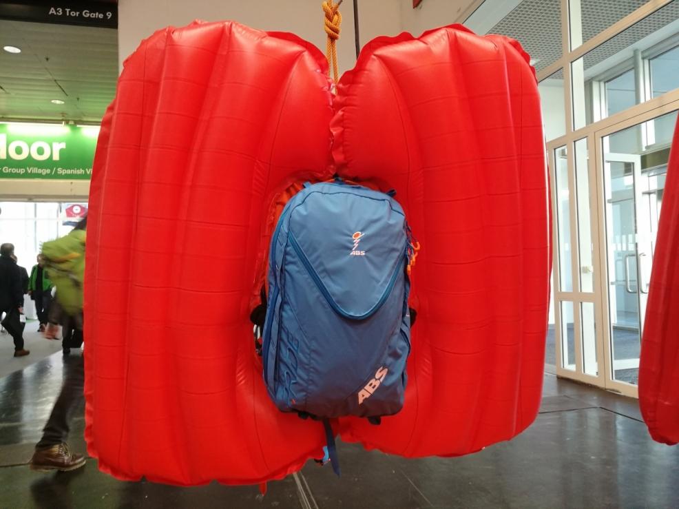 Vaky už nejsou pouze nafouknuté balóny, ale i zde ABS zapracoval na funkčním designu.