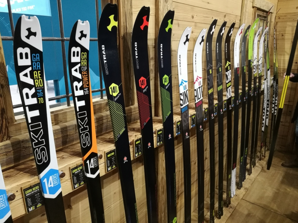 Všechny modely lyží na příští sezónu v plné kráse!
