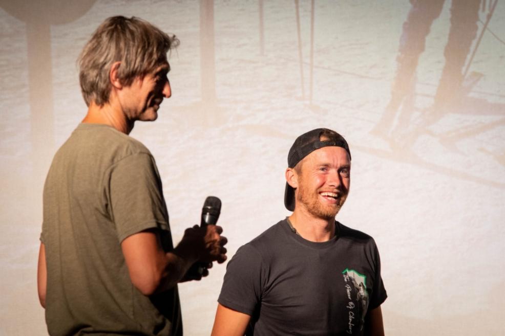 Hlavní host festivalu Leo Houlding. O překlad se staral Alan Formánek.